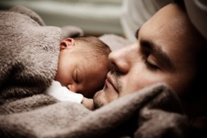 Intuition, Verbindung, Vater und Baby